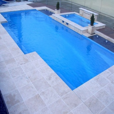 Dalle Provenza, pierre naturelle travertin 60 x 40 pour terrasse piscine
