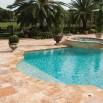 Dalle Effect, pierre calcaire naturelle travertin opus romain adoucie pour terrasse piscine