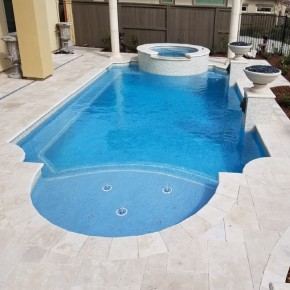 Carrelage tour de piscine