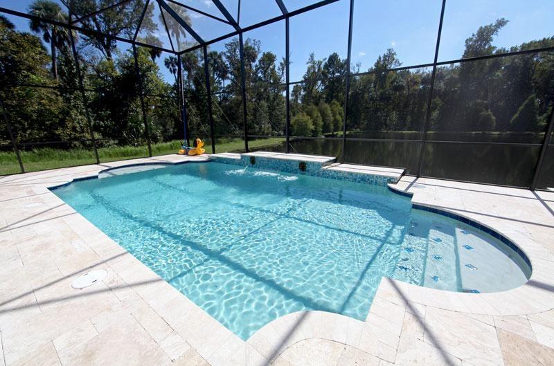 Pavé piscine pierre naturelle